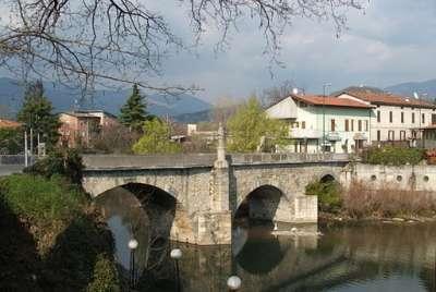 Мост через реку Серио