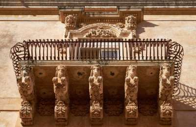 Балконы в стиле барокко