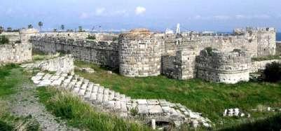 Средневековый замок рыцарей госпитальеров