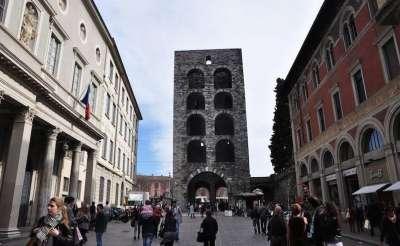 Ворота Porta Vittora