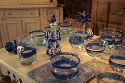 Изделия из стекла производства фабрики Гордиола