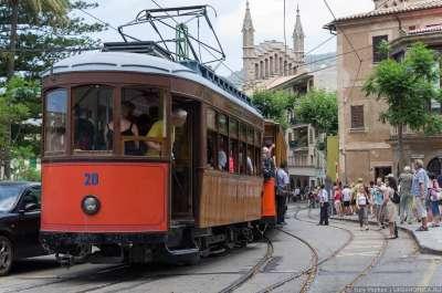 Старинные трамваи Сольера