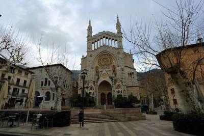 Церковь Сан-Бартоломео