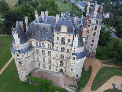 Замок Бриссак. Вид сверху
