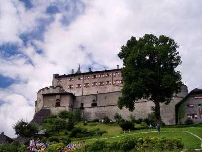 Замок Хоэнверфен