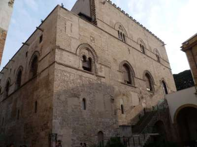 Дворец Palazzo Steri-Chiaramonte
