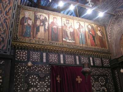 Иконы в Подвешенной церкви