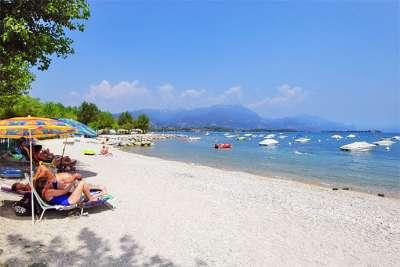 Пляж озера Гарда
