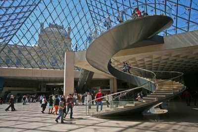 Экскурсия в Лувр