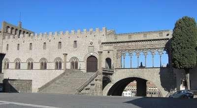 Архитектура Папского Дворца