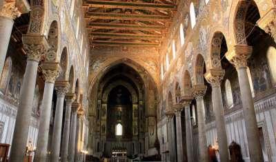 Кафедральный Собор Монреале. Вид изнутри.