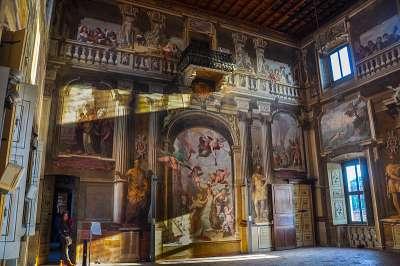 Palazzo Borromeo внутри