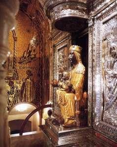 Дева Мария в монастыре Монтсеррат