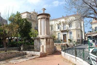 Плака. Памятник Лисикрату