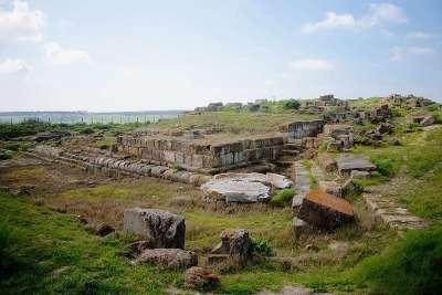 Руины храма Ара Дела Регина