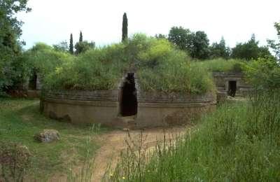 Этрусский некрополь