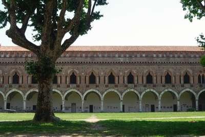 Замок Кастелло ди Висконти. Павия