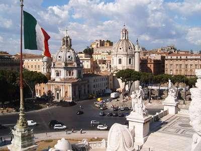 Площадь Венеции и колонна Траяна