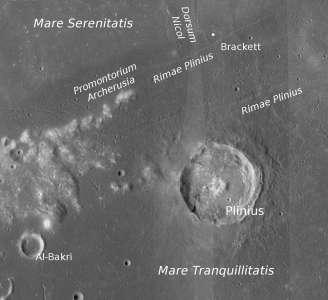 Кратер Плиния на Луне