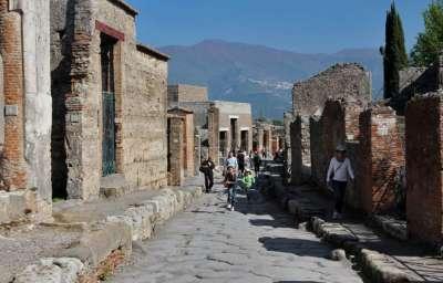 Экскурсии по остаткам Помпеи