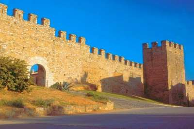Римская крепостная стена
