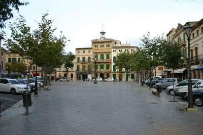 Городская площадь Льюкмайор