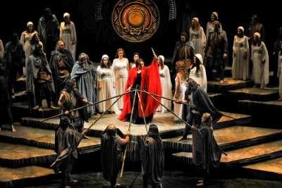 Постановка оперы Норма Винченцо Беллини