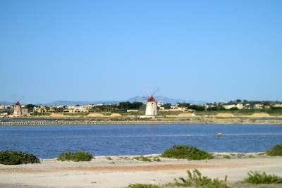 Ветряные мельницы Моции