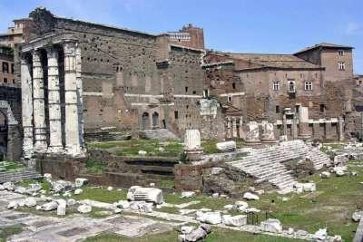 Руины Форума Августа