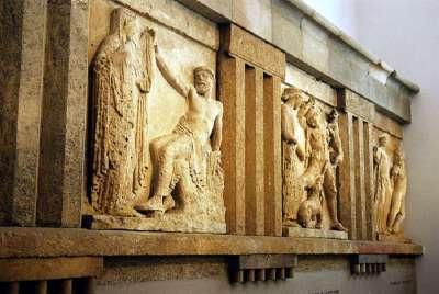 Барельефы Селинунта в Археологическом музее Палермо
