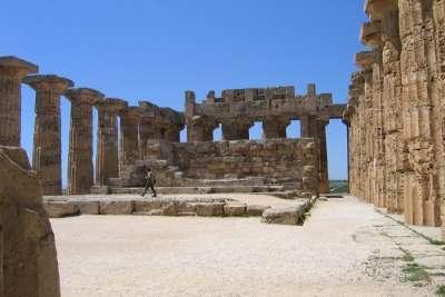 Святилища древнего города