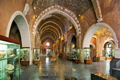 Архиологический музей внутри
