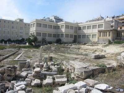 Руины античного театра в Пирее