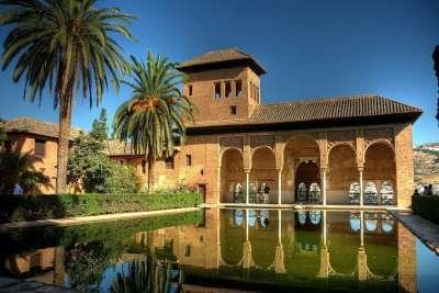 Арабский дворец в Гранаде
