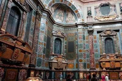Капелла Медичи в базилике во Флоренции