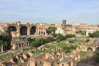 Вид на Римский Форум с Фори Империали