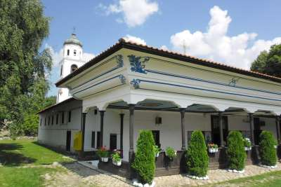 Митрополитская церковь ( Успения Богородицы) В Самокове