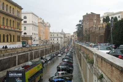 Парковка в центре Рима