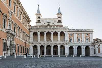 Вид на базилику Сан-Джовани