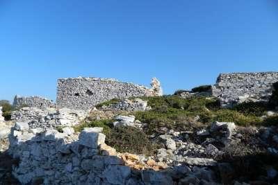 Руины крепости Палеокастро
