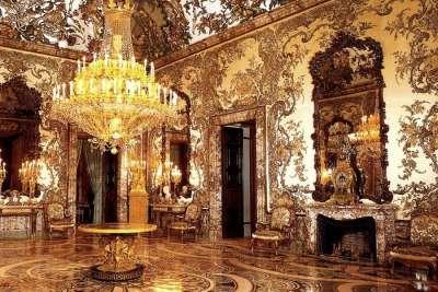 Зал Королевского дворца