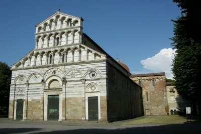 Церковь Сан-Паоло а Рипа д Арно