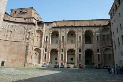 Внутренний двор, Палаццо Фарнезе