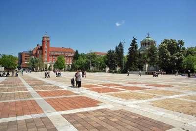 Площадь Вузраждане