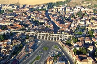 Римский акведук. Вид сверху