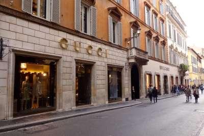Шоппинг улица в Риме