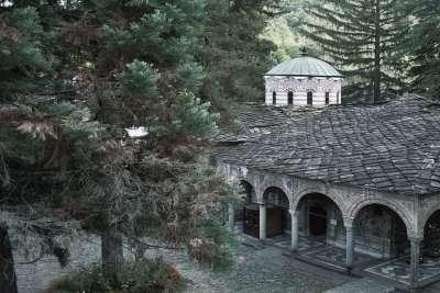 Вид на церковь