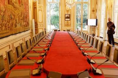 Зал заседаний в дворце Матиньон
