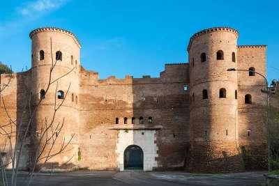 Отреставрированные Ослиные ворота