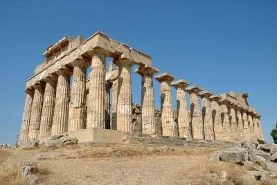 Греческий храм Геры на Сицилии
